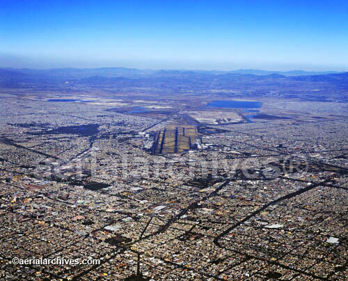 &copy aerialarchives.com Benito Juarez International Airport, Mexico City, Mexico, aerial photograph, AHLB2211.jpg, AEE85X