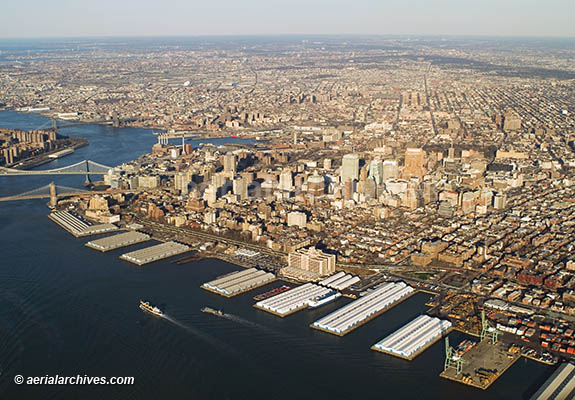&copy aerialarchives.com Brooklyn, New York, aerial photograph, AHLB2997 AHFH4X