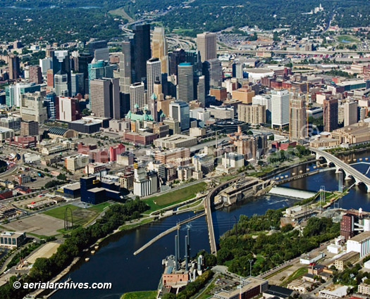 &copy aerialarchives.com downtown Minneapolis, Minnesota, aerial photograph, AHLB3573R, AHFFMR