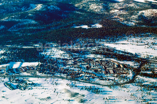 &copy aerialarchives.com aerial photograph of Truckee in winter, Lake Tahoe, CA, AHLB3308.jpg, AC04RX