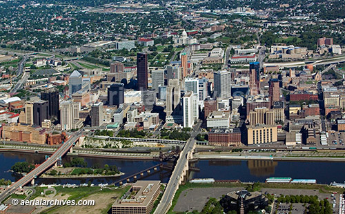 &copy aerialarchives.com downtown St. Paul, Minnesota, aerial photograph, AHLB3991, AHFFMR