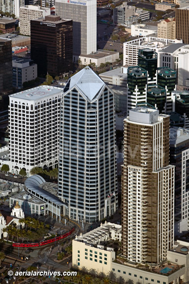 &copy aerialarchives.com, aerial photograph downtown San Diego, California, One America Plaza, Sempra Energy building, Commonwealth Financial trolley station AHLB4687 B11TW6