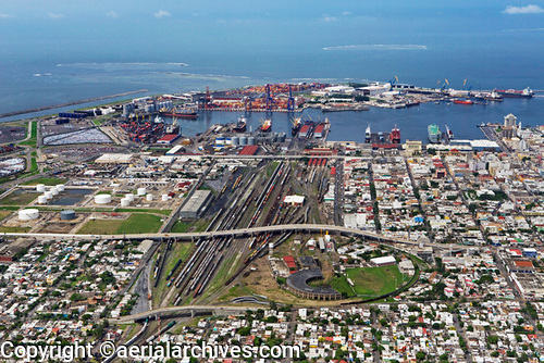 &copy aerialarchives.com aerial photograph of the Port of Veracruz, Mexico AHLB5201, B3MC5C