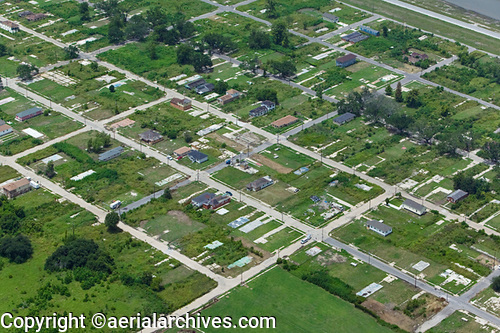 &copy aerialarchives.com, empty building slabs from houses destroyed by Katrina New Orleans, Louisiana, stock aerial photograph, aerial photography, AHLB5320