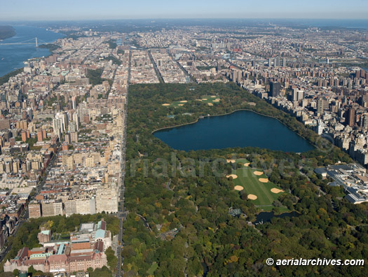 &copy aerialarchives.com aerial photograph of Central Park, AHLB5602.jpg, B6CF96
