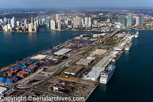 &copy aerialarchives.com Dodge Island, Port of Miami, Biscayne Bay, Florida aerial photograph, AHLB6031