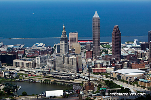 aerialarchives com aerial photography downtown Cleveland  Ohio. Aerial Photographs of Cleveland  Ohio