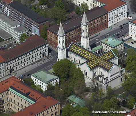 &copy aerialarchives.com aerial photograph of Ludwigskirche Munich Germany, AHLB7590, C0Y2HP