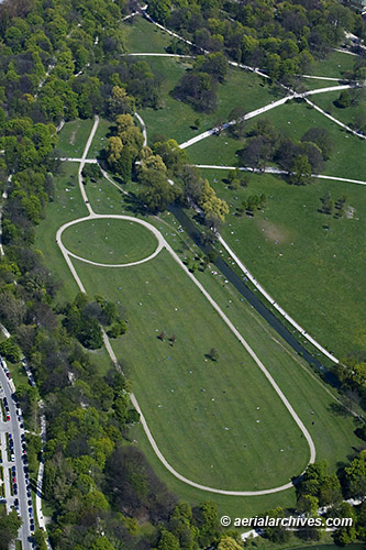 &copy aerialarchives.com aerial photograph of Englischer Garten Munich Germany, AHLB7594, C0Y2PD