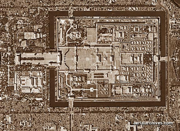 &copy aerialarchives.com, Tian'anmen Square, Beijing, Peking, China, stock aerial photograph, aerial photography, AHLV2006.jpg