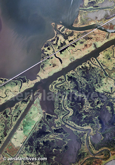 &copy aerialarchives.com aerial map of wetlands in the Mississippi river delta;  Image ID: AHLV2046 BND31B