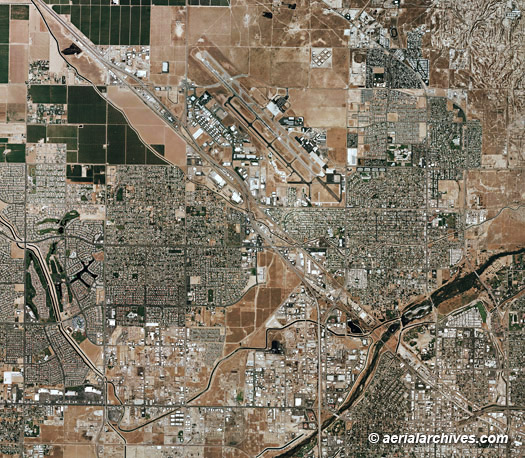 Aerial Maps and Satellite Imagery of Kern County, CA on chicago ca map, bakersfield ca map, kern co map, san luis obispo county map, mountain mesa ca map, las vegas ca map, fresno city college ca map, sacramento valley ca map, kettleman hills ca map, imperial county ca map, saticoy ca map, manzanar ca map, fort tejon ca map, riverside-area map, east porterville ca map, tejon ranch ca map, eldorado county ca map, yolo county map map, bodfish ca map, ridgecrest ca map,