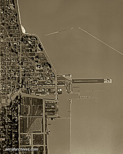 historical aerial photograph Chicago, Illiois AHLV3282
