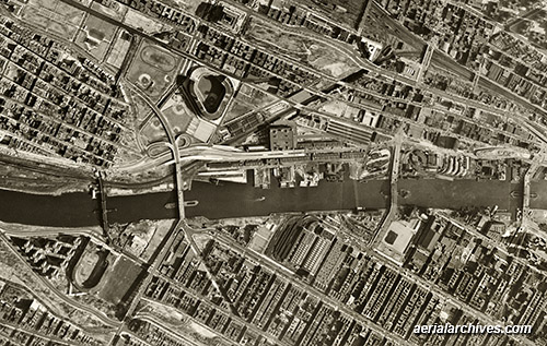 &copy aerialarchives.com Bronx, New York, historical aerial photograph, AHLV3321 AN766P