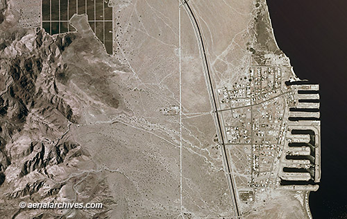 &copy aerialarchives.com aerial photo map riverside county california, salton sea, desert shores AHLV3328
