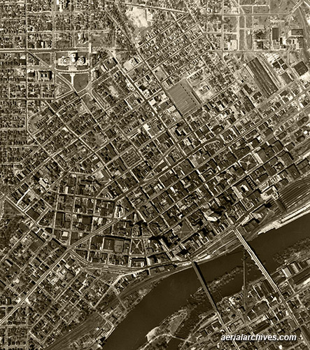 &copy aerialarchives.com  St. Paul, Minnesota, historical aerial photography, AHLV3357