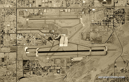graphics &copy aerialarchives.com,  historical aerial photo Phoenix Sky Harbor Airport, AHLV3523